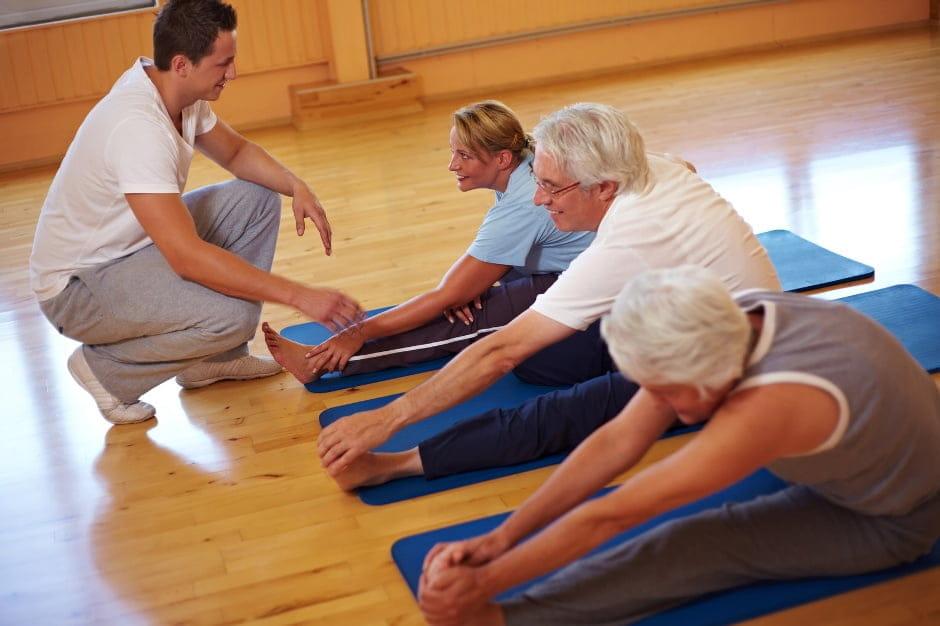 Лфк для пожилых людей при остеохондрозе